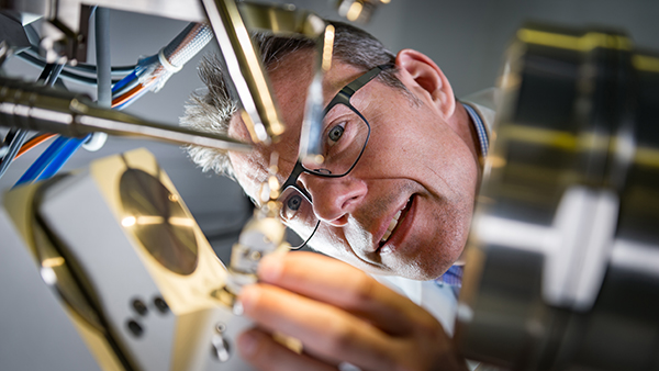 PROF-JOHN-McGEEHAN-in-lab-3-CREDIT-Stefan-Venter-UPIX-Photography-www.upixphotography.com-SMALL